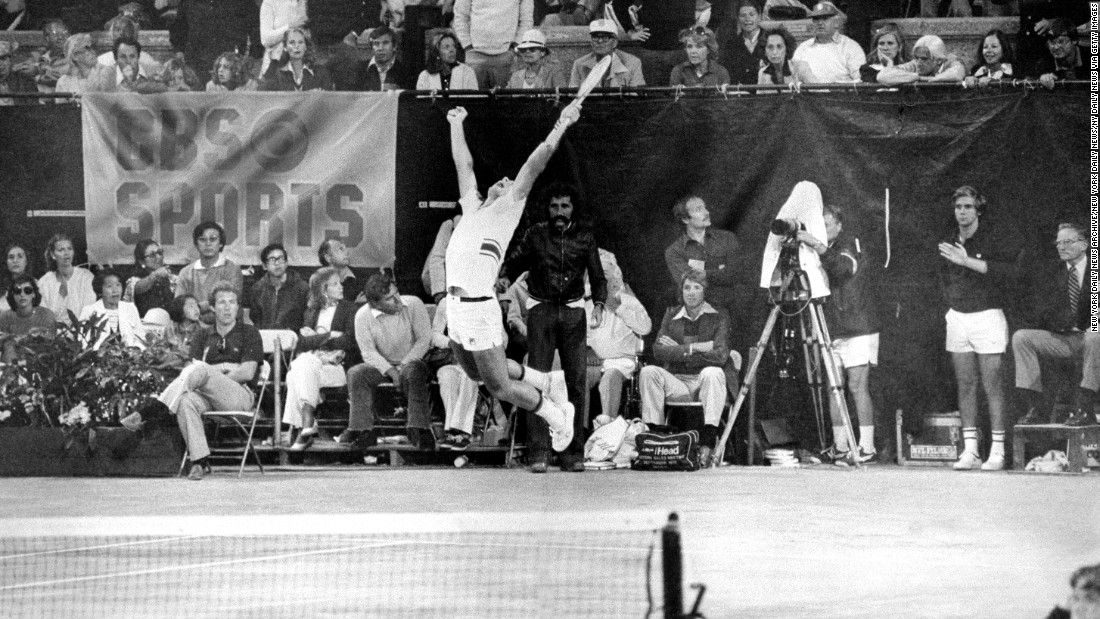 Guillermo Villas celebrates after beating Jimmy Connors in the 1977 US Open final, the last time the tournament was held at Forest Hills.