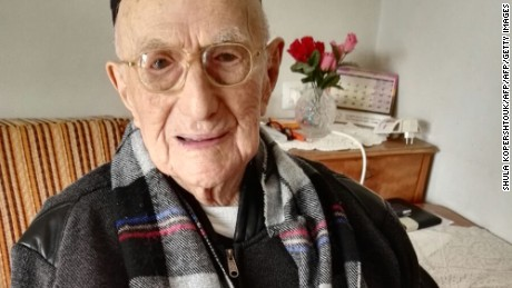 Yisrael Kristal sitting in his home in the Israeli city of Haifa on January 21, 2016.