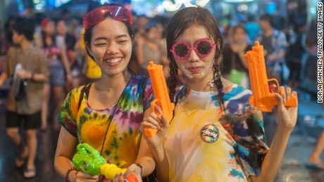 Bangkok water fight