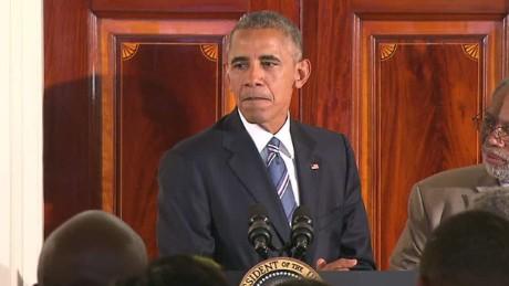 obama letters police us tsr sot_00012306.jpg