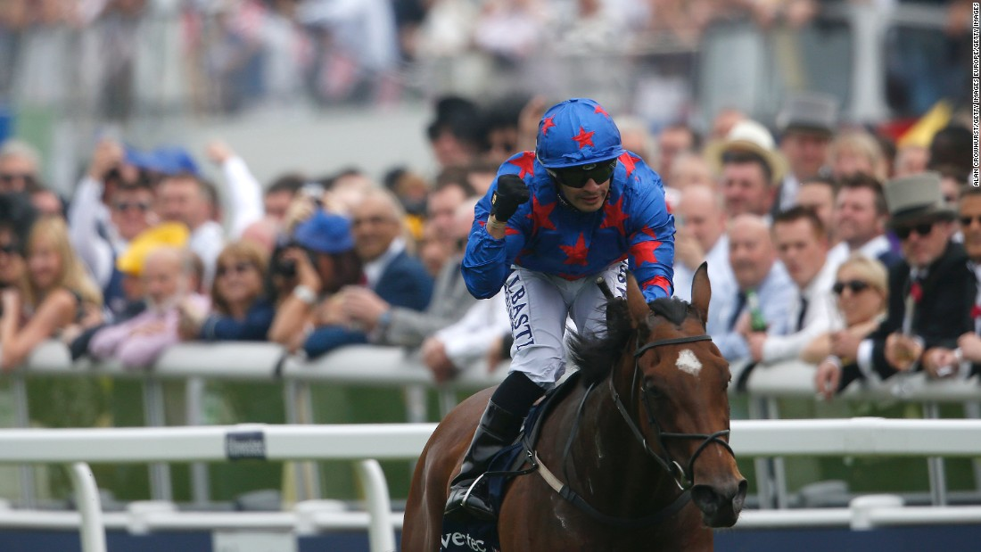 Despite being a relative unknown, de Sousa came close to a first jockeys' title in 2011, finishing runner up to champion Paul Hanagan.