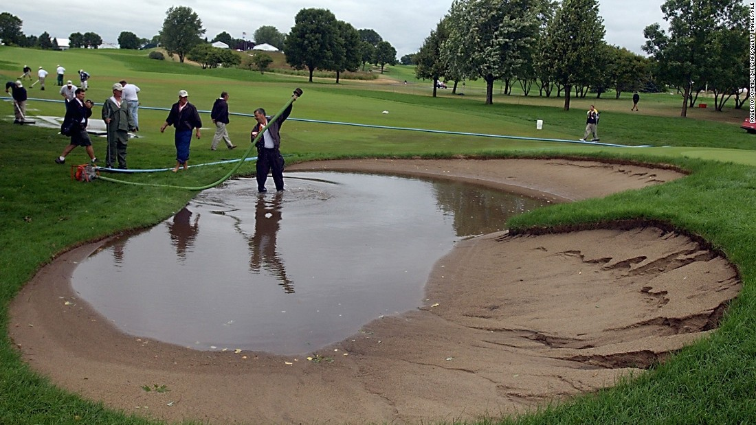Lightning storms affected the 2002 tournament, meaning the second round was suspended while ground staff made the course playable.