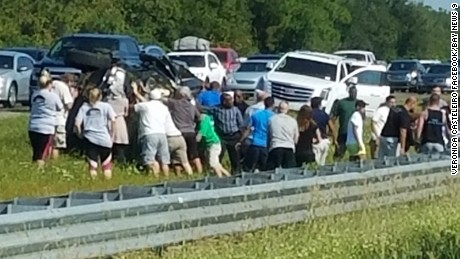 After an SUV flipped over in Florida this week, Good Samaritans rushed to rescue a 9-year-old girl trapped in the vehicle.