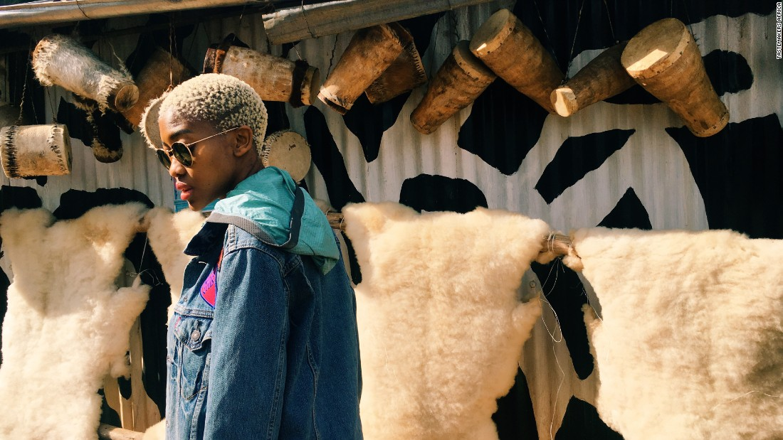 With African fashion becoming a global phenomenon, going to the source is all the more rewarding. Here, Tastemakers Africa Curator Tshepang Modisane scopes out goods at a roadside stall in the Great Rift Valley as she heads to Lake Naivasha in Kenya.