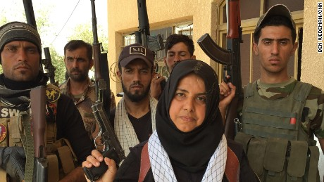 This housewife is fighting ISIS