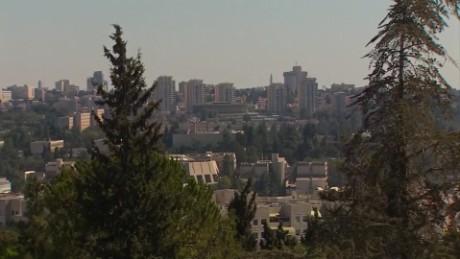 Mount Herzl backstory_00012819.jpg