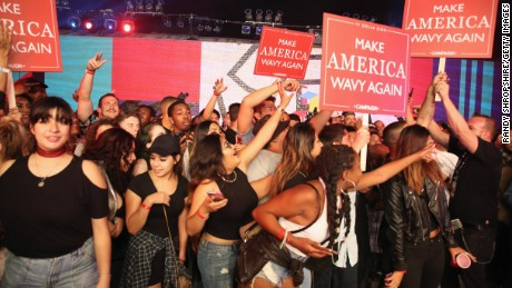 """Fans watch Ty Dolla Sign perform onstage at MTV's """"Wonderland"""" LIVE Show."""
