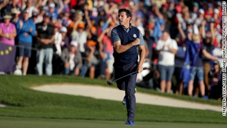 CHASKA, MN - SEPTEMBER 30:  Rory McIlroy of Europe reacts on the 15th green after making a putt to win the round during afternoon fourball matches of the 2016 Ryder Cup at Hazeltine National Golf Club on September 30, 2016 in Chaska, Minnesota.  (Photo by Streeter Lecka/Getty Images)
