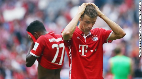 Bundesliga fc cologne end bayern munich 39 s perfect league for Who s perfect munchen