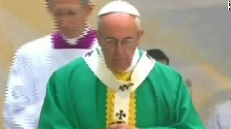 pope sunday mass azerbaijan delia gallagher_00012621