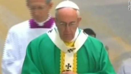 pope sunday mass azerbaijan delia gallagher_00012621.jpg