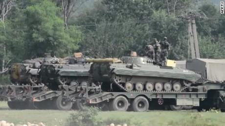 kashmir militant attack kapur live_00000609.jpg