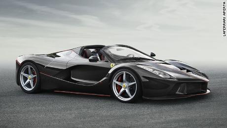 Paris Motor Show: Ferrari reveals its fastest convertible