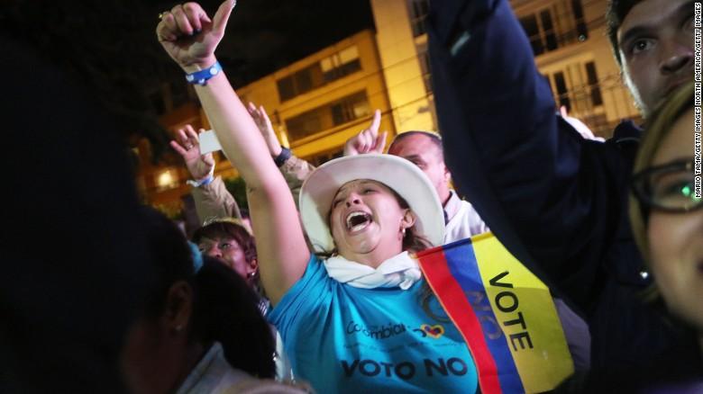 Colombian voters reject FARC peace deal