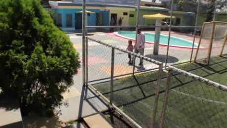 cnnee pkg merlin delcid niños deportados a el salvador desde mexico_00001824
