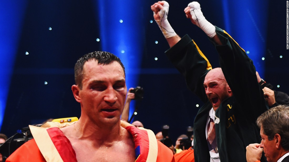 It was Klitschko's first defeat since 2004, having won his previous 22 bouts.
