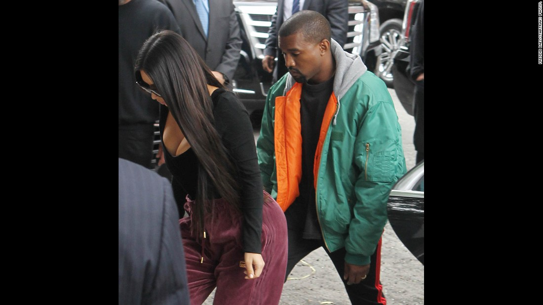 """Celebrity couple Kim Kardashian and Kanye West return to New York after she was the victim of <a href=""""http://www.cnn.com/2016/10/02/entertainment/kanye-west-family-emergency/index.html"""" target=""""_blank"""">an armed robbery</a> in Paris on Monday, October 3."""