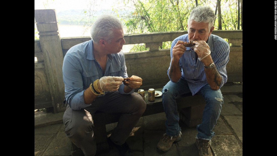 During the excursion to see the Buddha, Ripert and Bourdain stopped for a local snack -- rabbit head.