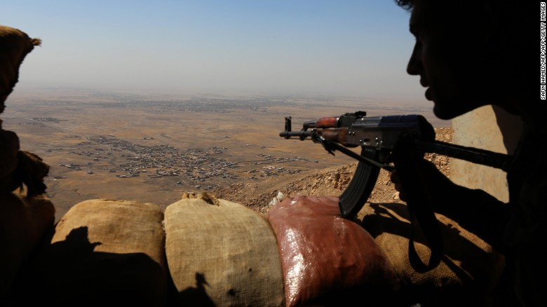 Iraqi army prepares to battle ISIS in Mosul