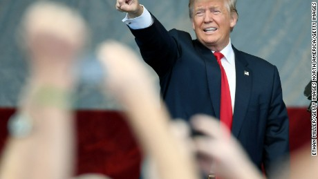 HENDERSON, NV - OCTOBER 05:  Republican presidential nominee Donald Trump gestures as he is greeted at a campaign rally at the Henderson Pavilion on October 5, 2016 in Henderson, Nevada. Trump is campaigning ahead of the second presidential debate coming up on October 9 with Democratic presidential nominee Hillary Clinton.  (Photo by Ethan Miller/Getty Images)