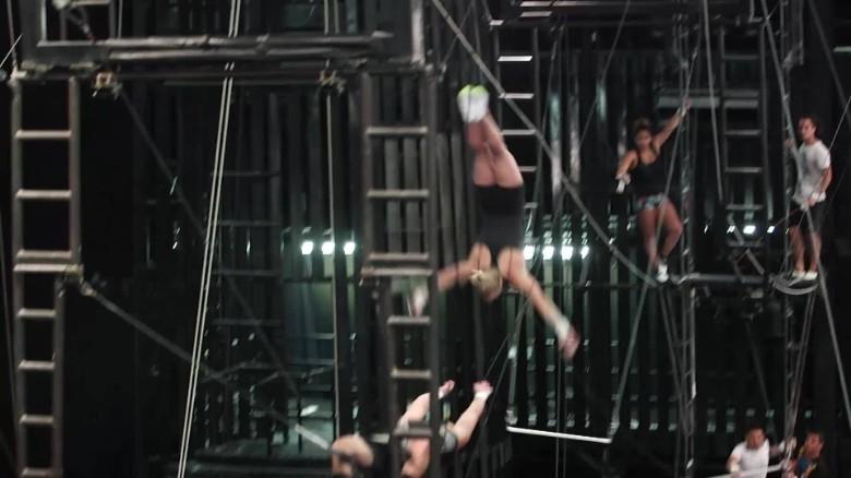 exp cirque-du-soleil-total-coverage-orig_00002001