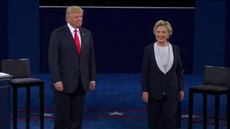 trump clinton debate st louis no handshake_00001014