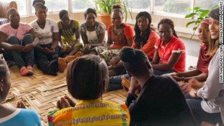 At Peace Corps Headquarters in Monrovia, Liberia, actress Freida Pinto joins CNN's Isha Sesay for a discussion with an extraordinary group of young women in Liberia.