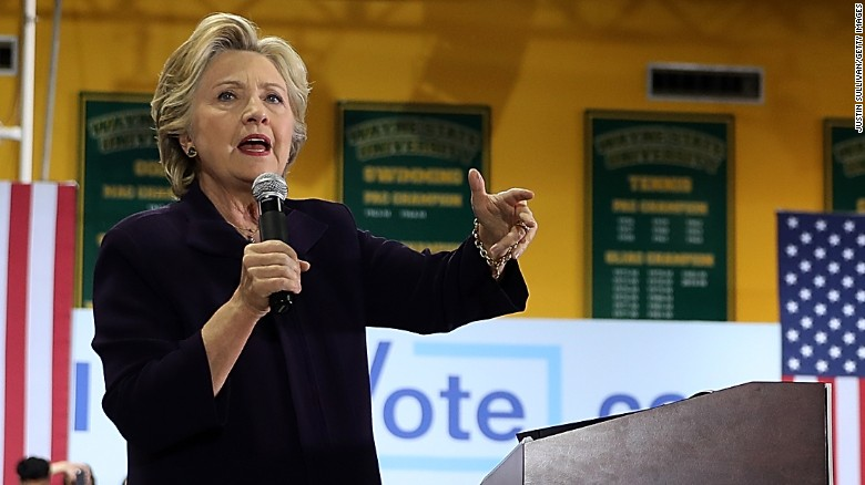 Wikileaks releases more hacked Clinton emails