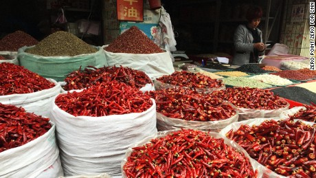 CNN - Anthony Bourdain Parts Unknown Ep 413 Sichuan, China.