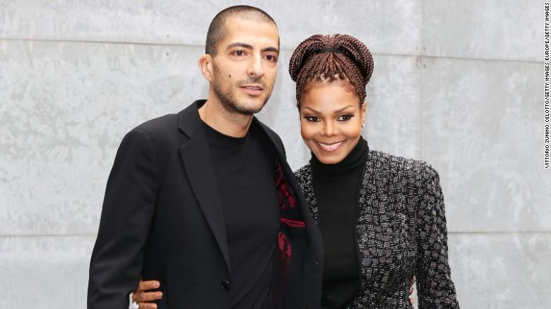 Janet Jackson confirms pregnancy