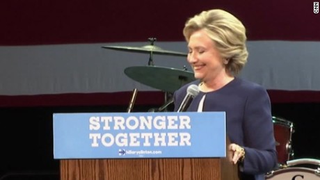 Clinton campaign rally cat gifs sot_00005501.jpg