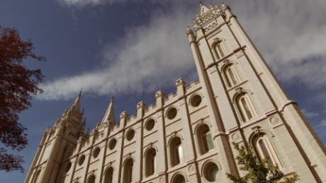 Mormons offended by Trump could upend two-party tradition