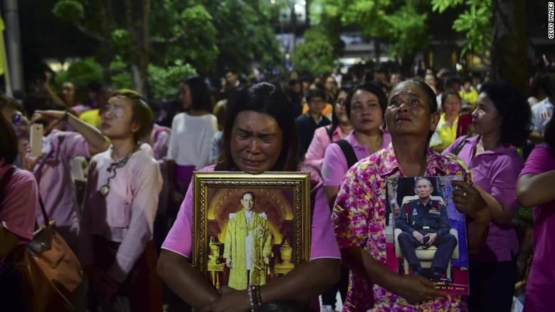 Ripley Thai King Bhumibol Adulyadej dies Thai reaction_00014213