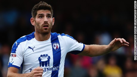 KINGSTON UPON THAMES, ENGLAND - SEPTEMBER 03:  Ched Evans of Chesterfield in action during the Sky Bet League One match between A.F.C. Wimbledon and Chesterfield at The Cherry Red Records Stadium on September 3, 2016 in Kingston upon Thames, United Kingdom.  (Photo by Ker Robertson/Getty Images)