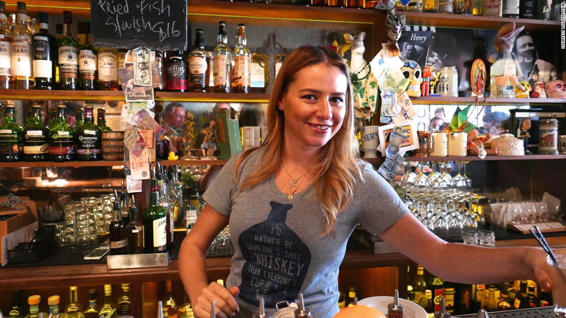 What it's like to drink in the world's best bar - CNN.com