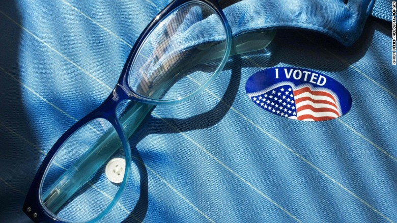 New CNN polls: Trump, Clinton in tight swing state races