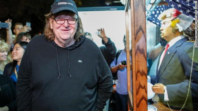 Afbeelding bij Michael Moore releases surprise anti-Trump film