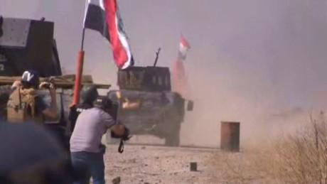 Iraqi Troops Mosul damon lkl_00003730.jpg