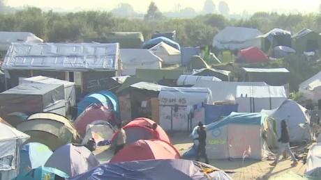 france calais jungle migrant camp demolition bell lklv_00002003.jpg