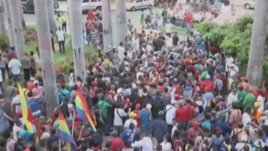 Protesters storm Venezuela's assembly