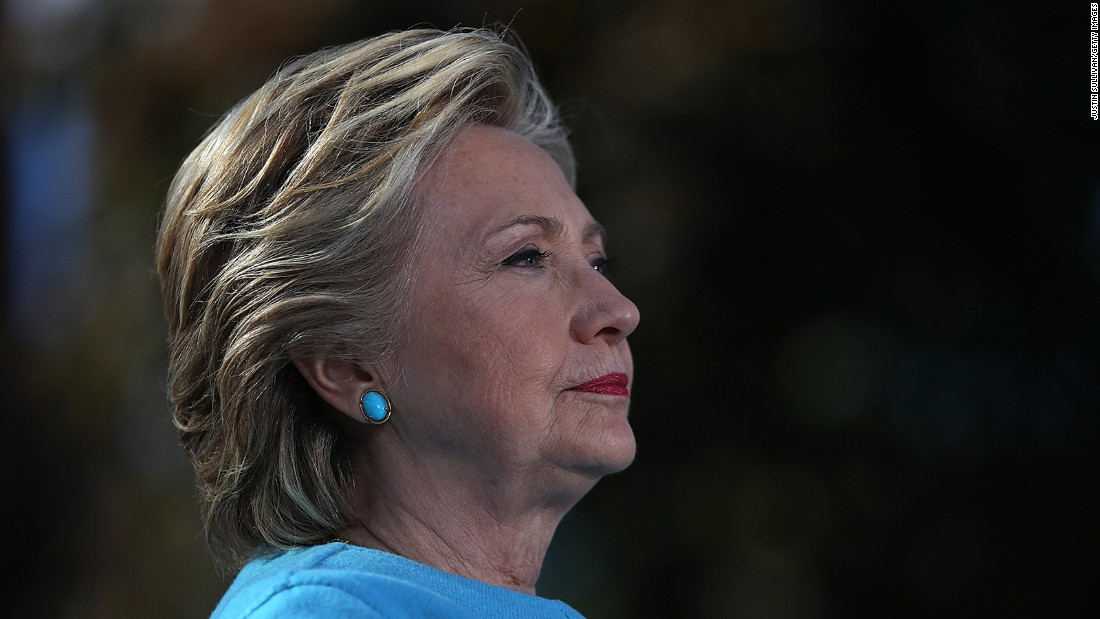 image of Clinton focuses on helping down-ballot Democrats