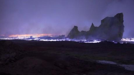 iraq sulphur apocalypse damon pkg_00001229.jpg