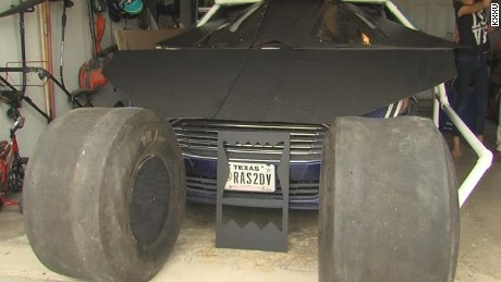 Disabled veteran builds life-size Batmobile