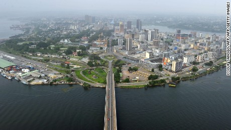 This photo taken on January 1, 2011 shows the Felix Houphouet-Boigny bridge leading to the business and embassies district of Abidjan. AFP PHOTO/ ISSOUF SANOGO (Photo credit should read ISSOUF SANOGO/AFP/Getty Images)