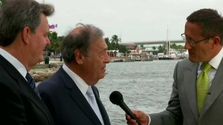 businessmen talk presidential politics intv quest_00000916.jpg