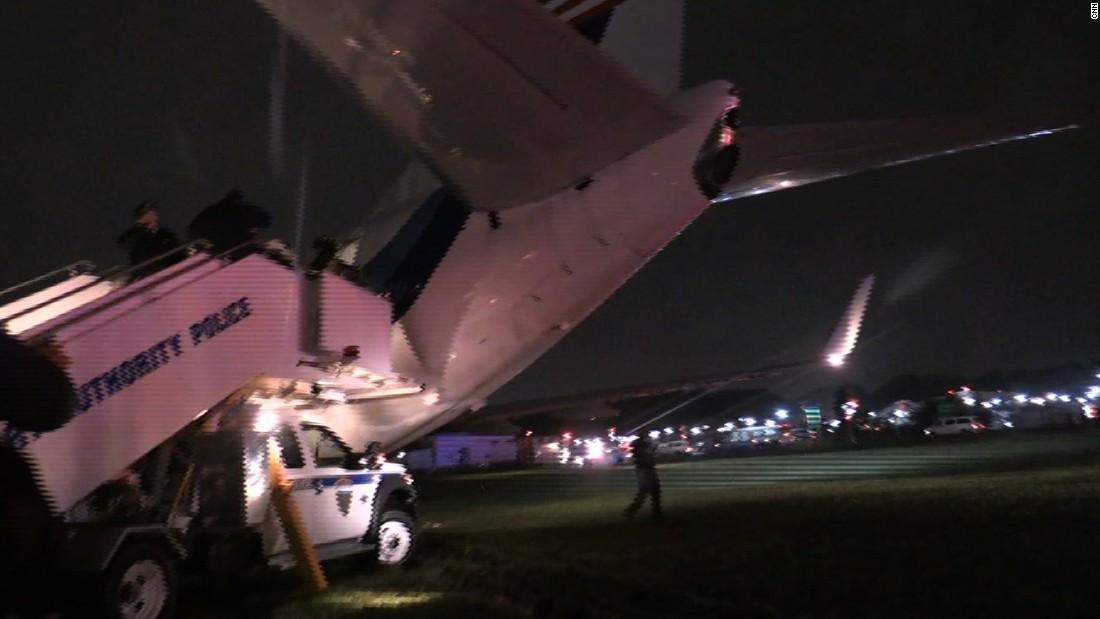 image of Mike Pence's plane skids off LaGuardia runway