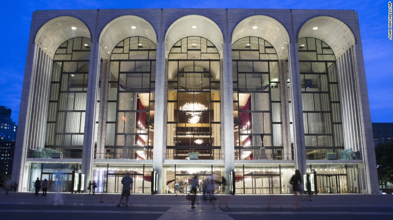 "The Metropolitan Opera will offer refunds after a performance of ""William Tell"" was canceled."
