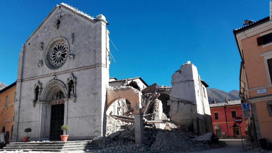 http://i2.cdn.turner.com/cnnnext/dam/assets/161030093641-11-italy-earthquake-1030-super-169.jpg