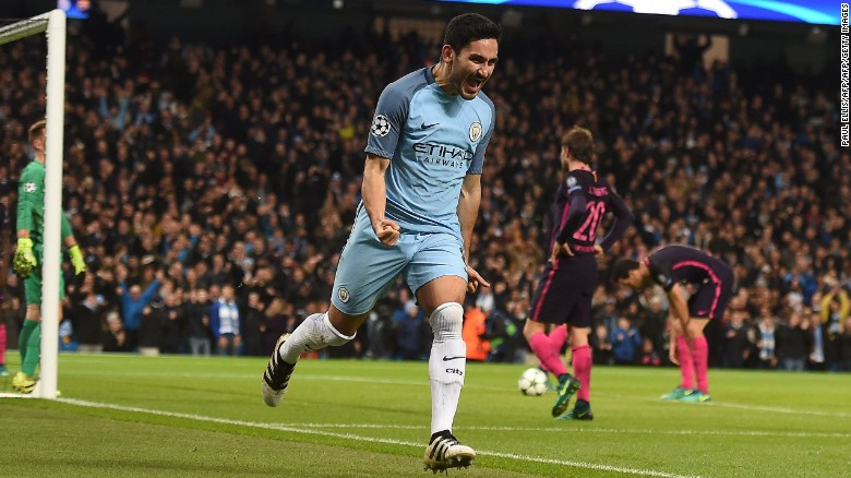 Ilkay Gundogan celebrates scoring Manchester City's equalizer.