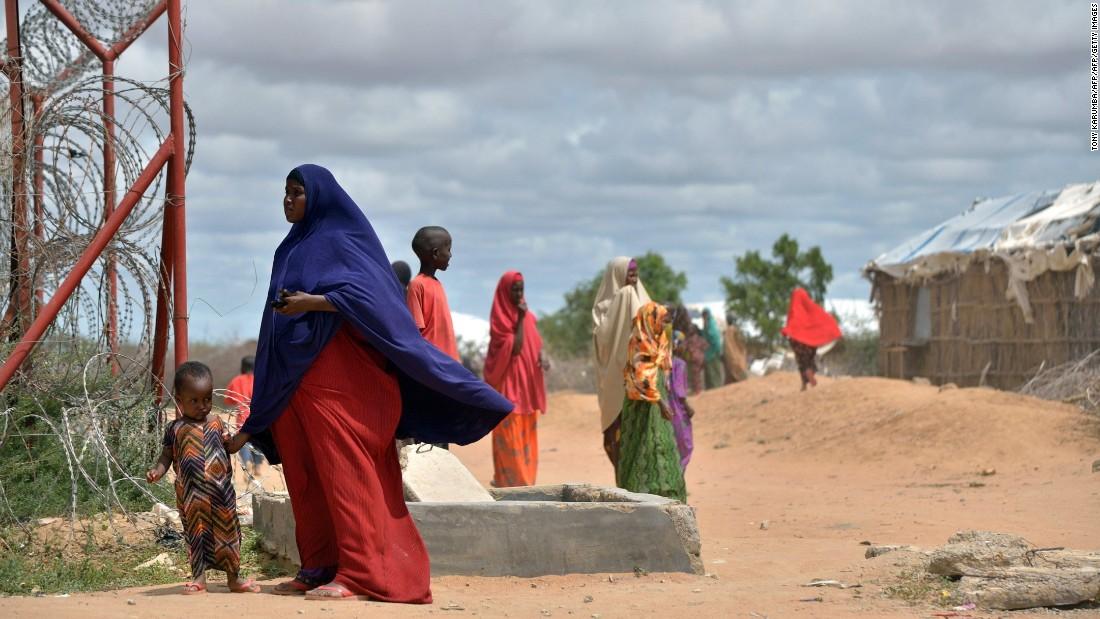 Kenyan court blocks closure of refugee camp
